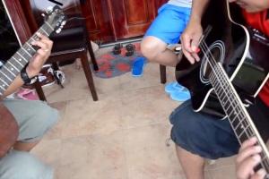 《加州旅馆》吉他弹唱,超强的还原版,技惊四座!